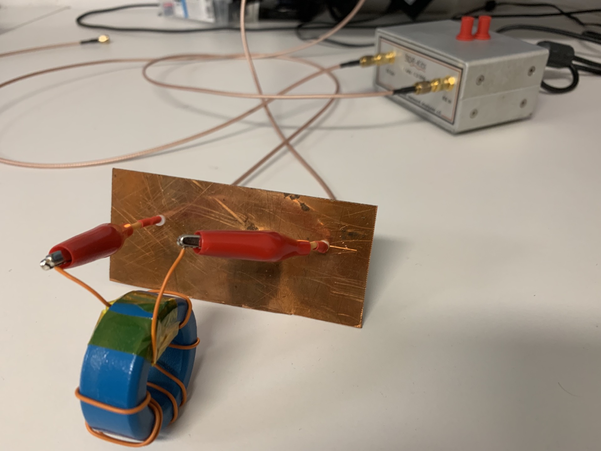 convinience test jig for measuring insertion loss (S21)